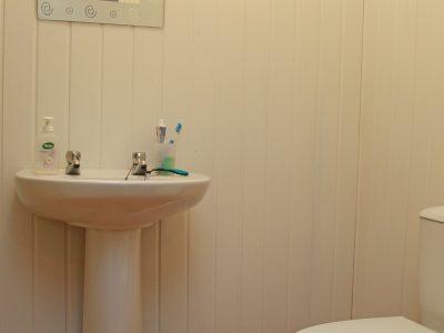31 Sidney Bathroom