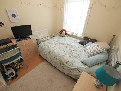 91 Gains Bedroom 2