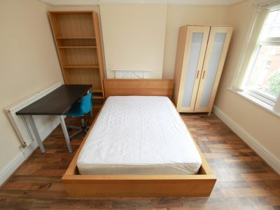 97 Aig Bedroom 3