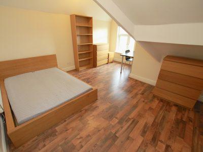 97 Aig Bedroom 6