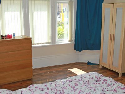 97 Aig Bedroom 1