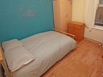 7 Gains Bedroom 4