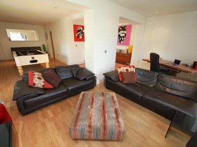 Ivyhurst Flat6 Lounge